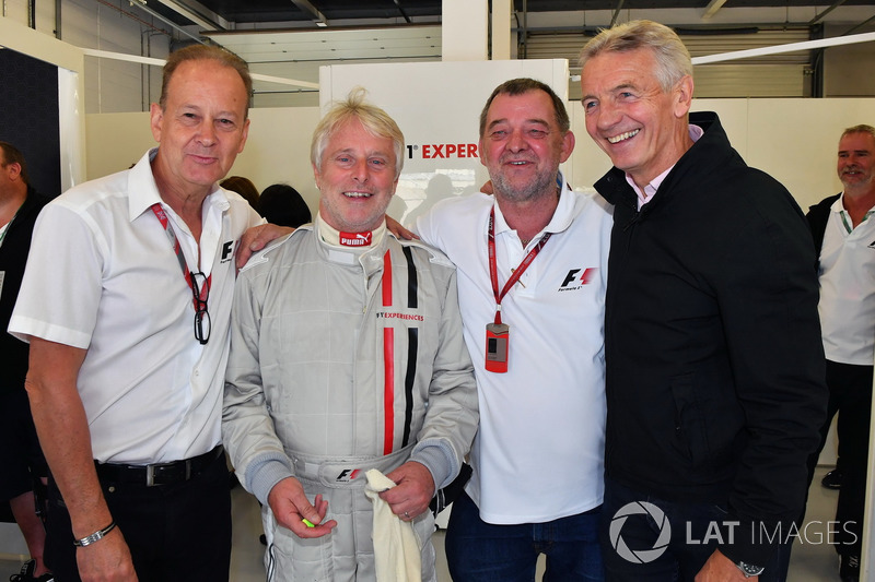 Kevin Eason, Paul Stoddart, Tony Gardine, F1-Doppelsitzer