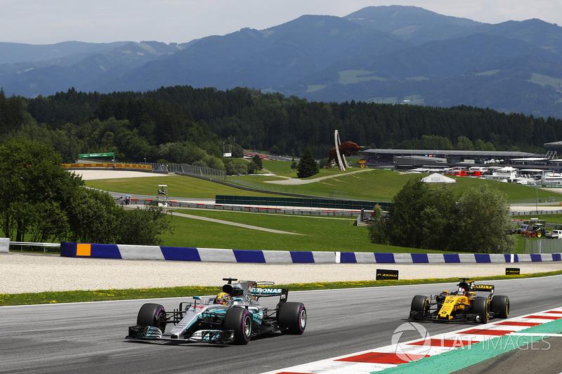Льюіс Хемілтон, Mercedes AMG F1 W08, Ніко Хюлькенберг, Renault Sport F1 Team RS17