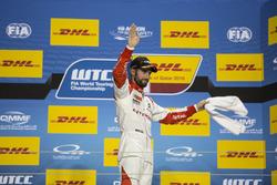 Podium: third place José María López, Citroën World Touring Car Team, Citroën C-Elysée WTCC