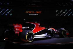 Презентация McLaren MCL32