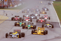 Start: Nelson Piquet, Williams FW11B Honda; Ayrton Senna, Team Lotus Honda 99T; Teo Fabi, Benetton B