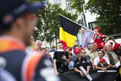 Des fans de Thierry Neuville, Hyundai Motorsport