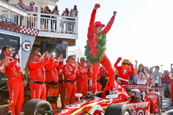 Winner Scott Dixon, Chip Ganassi Racing Chevrolet