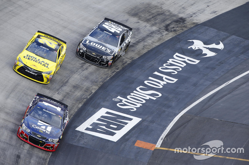 7. Jamie McMurray, Chip Ganassi Racing Chevrolet, Matt Kenseth, Joe Gibbs Racing Toyota, Jimmie Johnson, Hendrick Motorsports Chevrolet