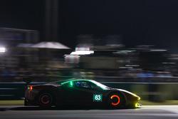 #63 Scuderia Corsa Ferrari 488 GTD: Christina Nielsen, Alessandro Balzan, Jeff Segal