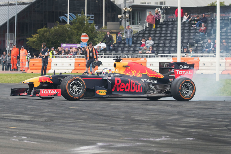 Sergio Sette Camara, Red Bull Racing, dimostrazione