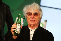 Берні Екклстоун, на оголошенні про спонсорську угоду з Heineken