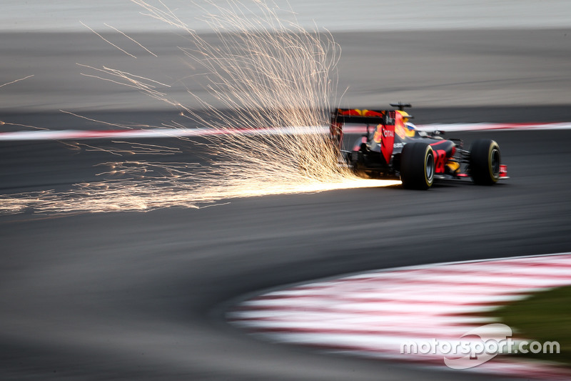 Funkenflug: Daniel Ricciardo, Red Bull Racing RB12