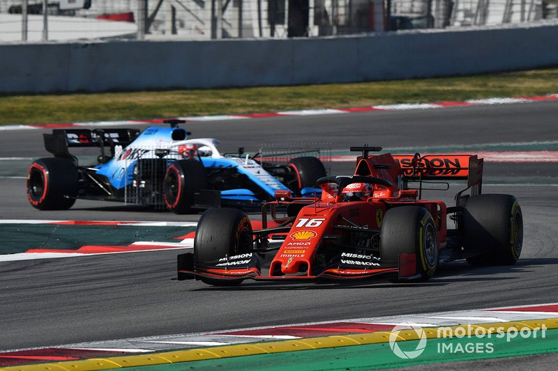 Charles Leclerc, Ferrari SF90 e Robert Kubica, Williams FW42