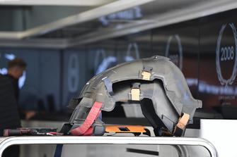 McLaren MCL33 seats