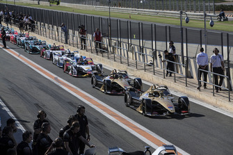2018/19 Season 5 cars line up in the pit lane starting withAndre Lotterer, DS TECHEETAH, DS E-Tense FE19 and Jean-Eric Vergne, DS TECHEETAH, DS E-Tense FE19