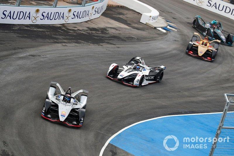 Sébastien Buemi, Nissan e.Dams, Nissan IMO1, Jose Maria Lopez, GEOX Dragon Racing, Penske EV-3, Jean-Eric Vergne, DS TECHEETAH, DS E-Tense FE19