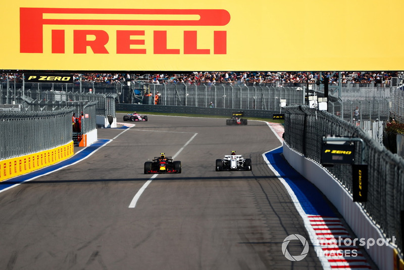 Max Verstappen, Red Bull Racing RB14, leads Charles Leclerc, Sauber C37