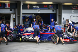 Pierre Gasly, Toro Rosso STR13 Honda, is returned to the garage