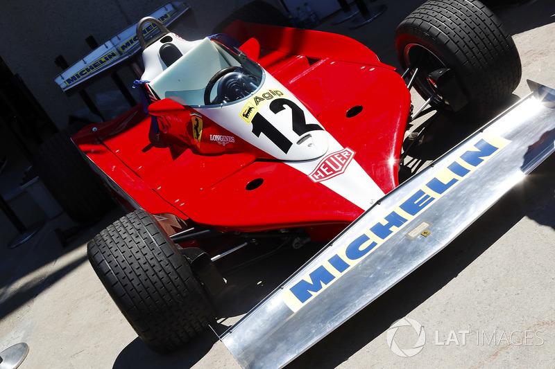 Ferrari 312 di paddock