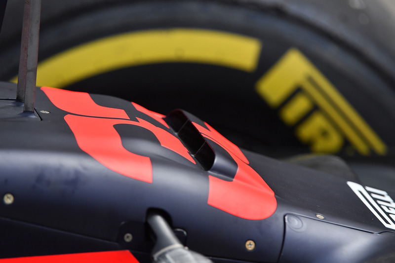 Red Bull Racing RB14 nose detail