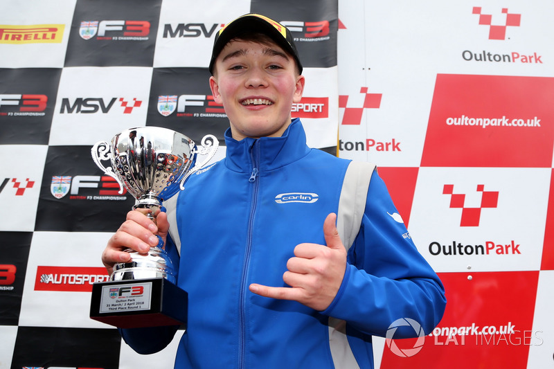 Podio: tercer lugar Billy Monger, Carlin
