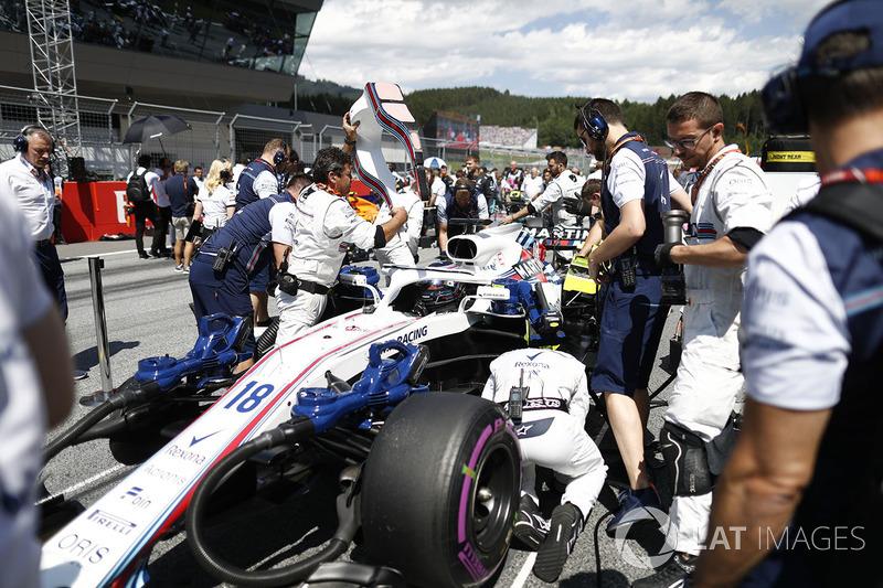 Lance Stroll, Williams FW41, arriva in griglia