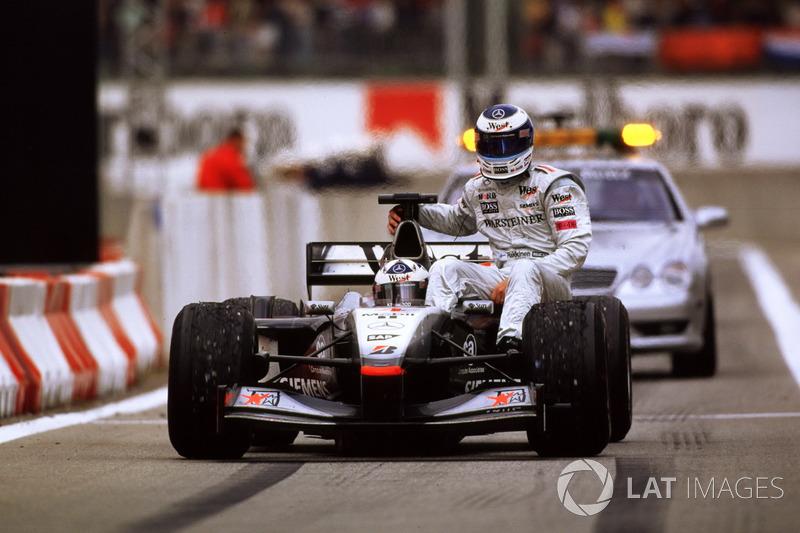 Barcelona 2001 : David Coulthard (McLaren) - Mika Häkkinen (McLaren)