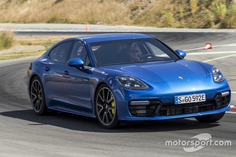 Porsche Panamera 2018 Turbo S E-Hybrid