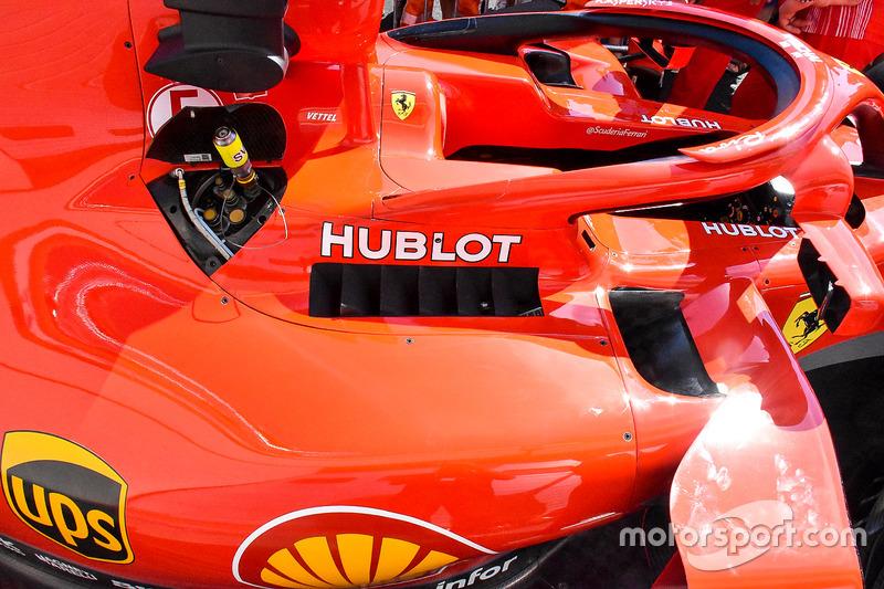 Область кокпита Ferrari SF71H