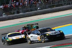 #77 PROTON Competition, Porsche 911 RSR: Крістіан Рід, Жоель Каматьяс, Матео Кайролі