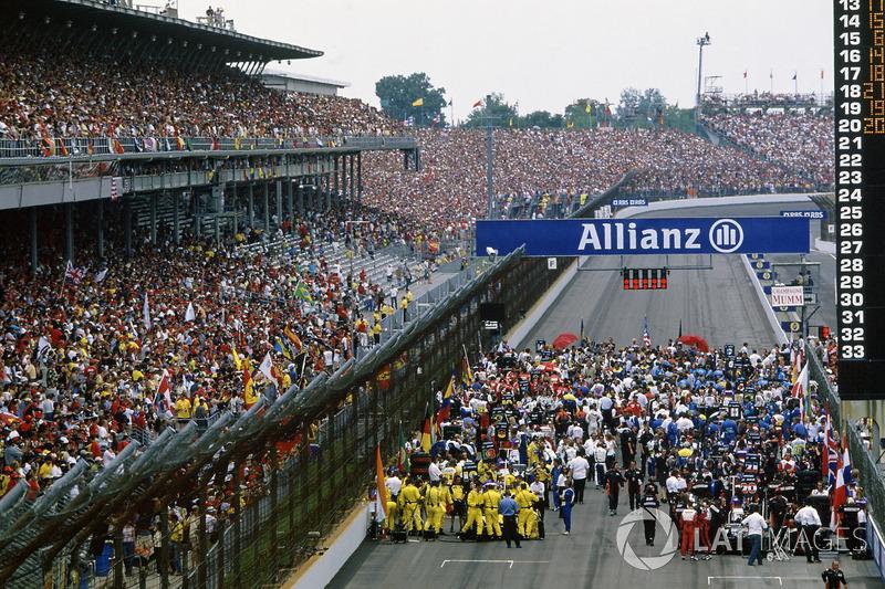 В FIA приняли сторону Ferrari и не стали менять конфигурацию трассы, а также пригрозили штрафами тем, кто будет менять шины не из соображений безопасности, или же использовать иные типы резины, отличные от квалификационных комплектов