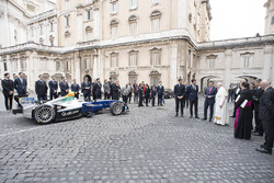 Папа Франциск, Алехандро Агаг, генеральний директор Формули E