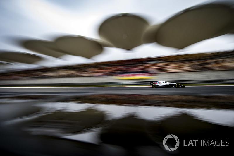 18: Lance Stroll, Williams FW41 Mercedes, 1'34.285