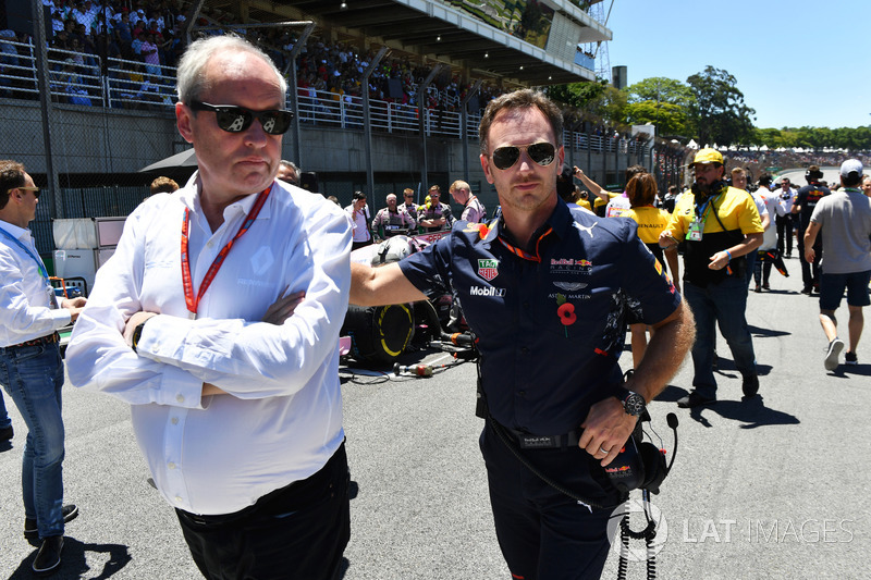 Jerome Stoll, Director of Renault Sport F1 and Christian Horner, Red Bull Racing Team Principal