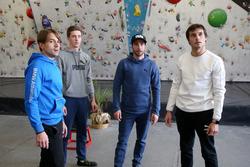 Augusto Farfus, Joel Eriksson, Philipp Eng ve Bruno Spengler  duvar tırmanışı