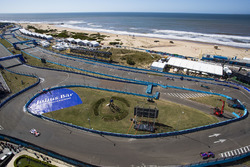 Sam Bird, DS Virgin Racing, Nick Heidfeld, Mahindra Racing