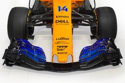 Avant de la McLaren MCL33