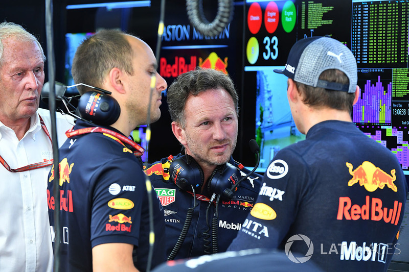 Gianpiero Lambiase, ingeniero de Red Bull Racing, Christian Horner, Red Bull Racing Team Principal y Max Verstappen, Red Bull Racing