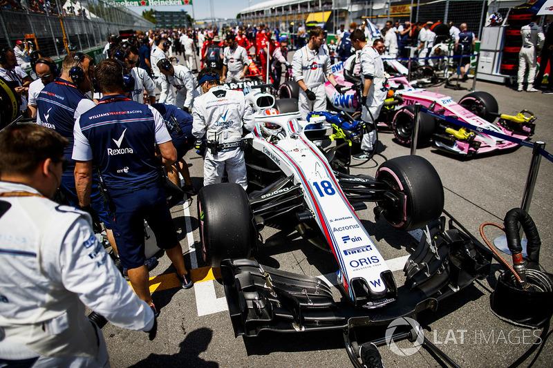 Lance Stroll, Williams FW41, in griglia