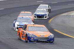 Brad Keselowski, Team Penske, Ford Fusion Autotrader and Alex Bowman, Hendrick Motorsports, Chevrolet Camaro Nationwide