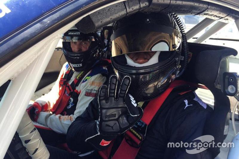 Usain Bolt Porsche 911 GT3 tesztje