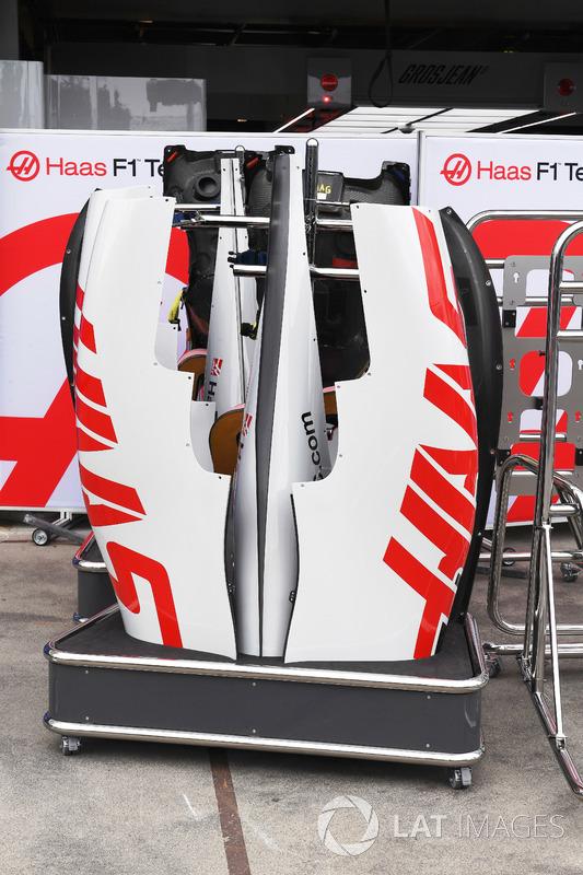 Haas F1 Team VF-18 bodywork