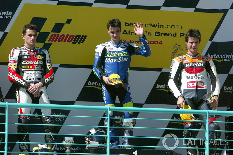 2004: GP de Sudáfrica: debut en 250cc con victoria