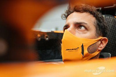 Daniel Ricciardo besucht McLaren