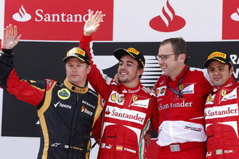 Podium: second place Kimi Raikkonen, Lotus F1, Race winner Fernando Alonso, Ferrari, Stefano Domenicali, Team Principal, Ferrari, third place Felipe Massa, Ferrari