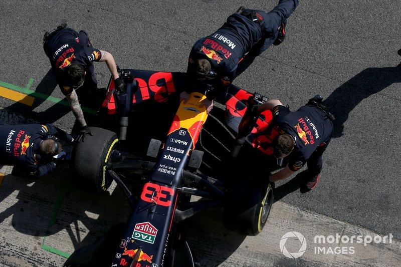 Ніс та переднє крило Red Bull Racing RB15
