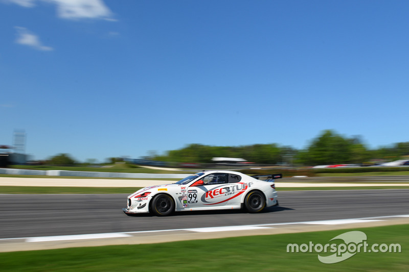 #99 JCR Motorsports, Maserati GranTurismo MC Trofeo: Jeff Courtney