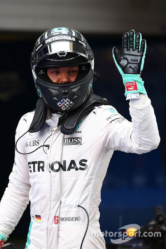 Le poleman Nico Rosberg, Mercedes AMG F1 Team