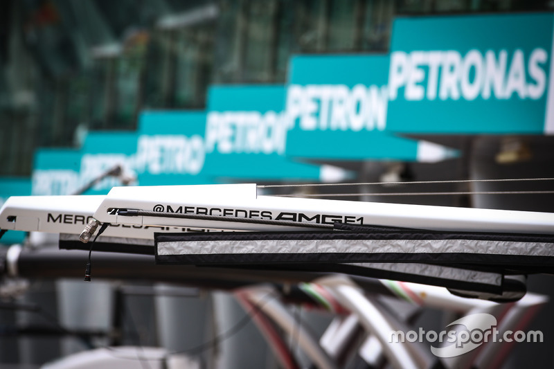 Mercedes AMG F1 pit equipment