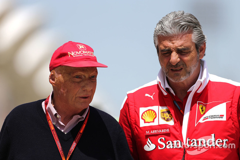 Niki Lauda, Mercedes y Maurizio Arrivabene, Ferrari Team Principal
