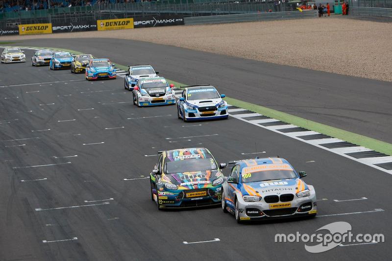 #100 Rob Collard, Team JCT600 with GardX, BMW 125i MSport