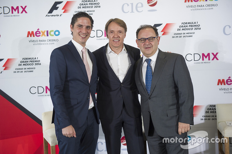 Rodrigo Sánchez, Director de CIE de Marketing y comunicaciones, Adrian Fernández, Federico González Compeán, Director General de CIE