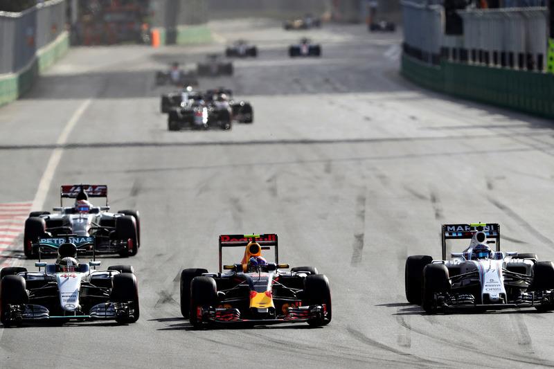 Red Bull Racing: 10 очков