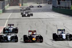 Льюис Хэмилтон, Mercedes AMG F1 W07 Hybrid, Макс Ферстаппен, Red Bull Racing RB12
